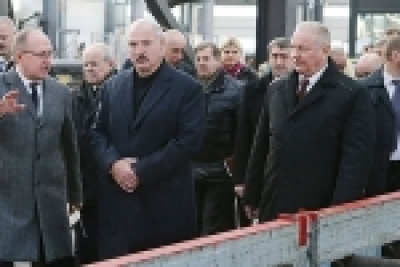 In anticipation of November holidays the President of Belarus Alexander Lukashenko acquainted with the work of new production of metal bridge structures plant